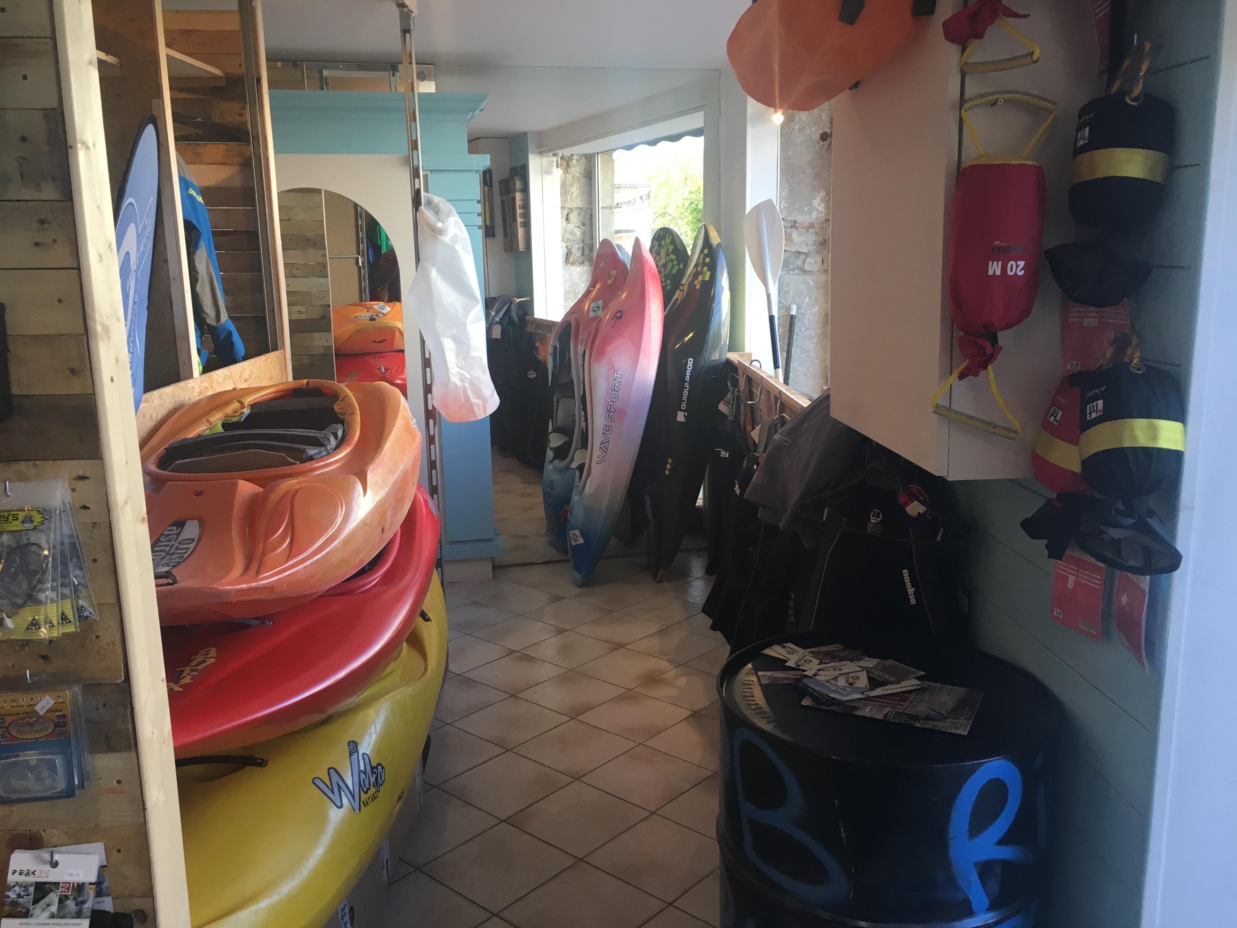 Le coté kayaks et canoës