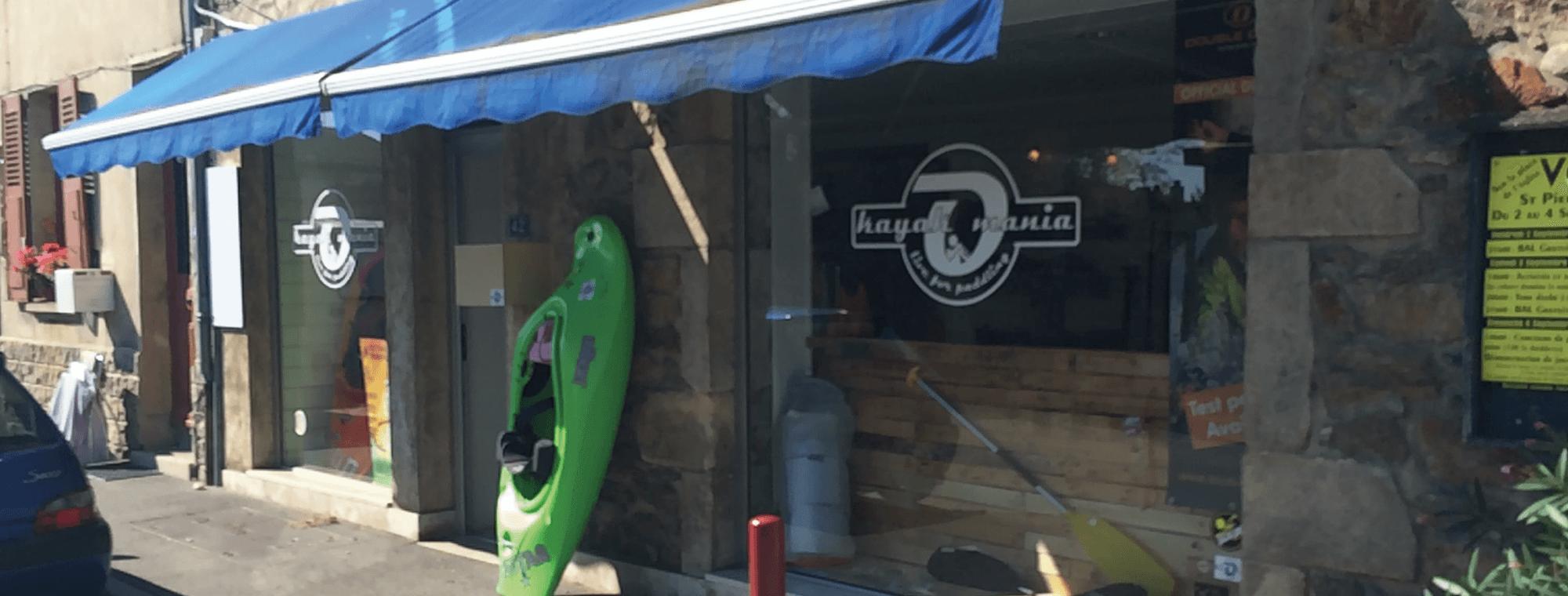 Kayakomania, kayak, canoë, raft, pour particuliers et professionnels.